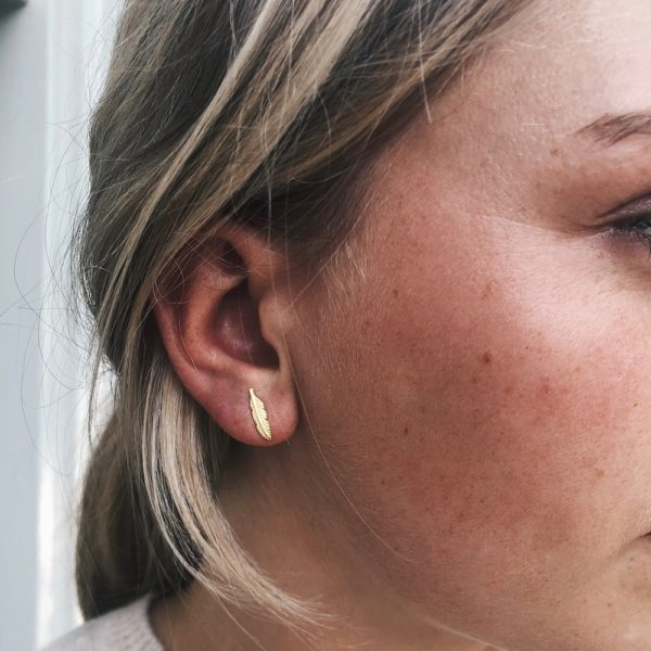 another feather studs oorbel goud