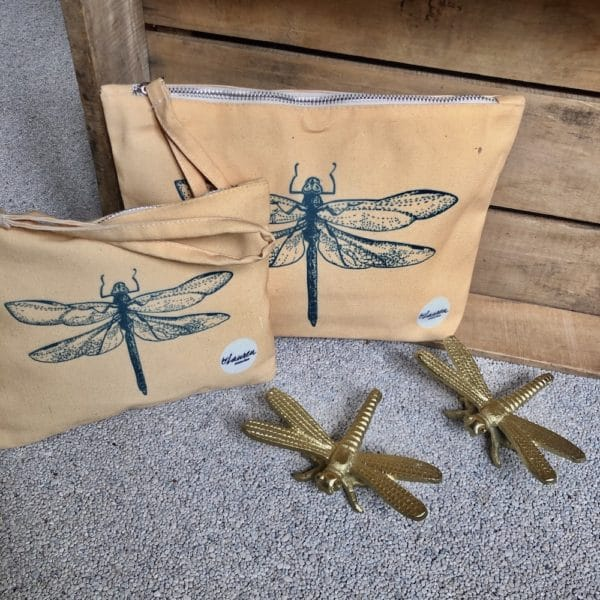 dragonfly sunny yellow clutches